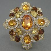 """П-1447. Дизайнерская брошь-кулон """"Мальтийский крест"""" от американского ювелира Кеннет Джей Лэйна. Ювелиртый сплав с позолотой 24К, кристаллы Сваровски. Диаметр 6х6.5см."""