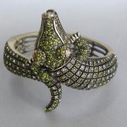 """П-1326. Браслет """"Crocodile"""" от дизайнера Хэйди Даус. Бронзированный ювелирный сплав, декор CRYSTALLIZED™-Swarovski Elements. Ширина 4см. Ручная работа, авторский дизайн."""