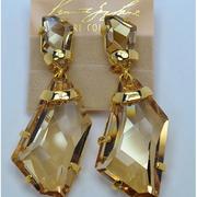 П-918. Kлипсы от Кеннет Джей Лейна, лимитированная коллекция. В таких же Леди Гага блистала на многих обложках журналов.Позолота 24К, камни Сваровски. Размер-7.5х3см.Идеально сидят на ушке, не отягощают. ПОВТОР ПОД ЗАКАЗ