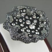 """П-1398. Дизайнерское кольцо """"Капли росы на цветке"""". Ювелирныйн сплав с родием, декор кристаллами Сваровски."""