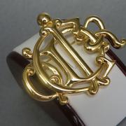 """П-1356. Коллекционная винтажная брошь-монограмма """"Чаепитие"""" от дизайнерского дома Кристиан Диор. Оригинальное изделие, маркировка дизайнера, позолота 22К."""