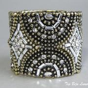 П-989. Дизайнерсkий стретчевый браслет на любое запястье. Ювелирный сплав, декор кристаллами Сваровски.