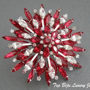"""П-933. Редкая дизайнерская брошь """"Starbust"""" от Роберта Грациано (инфо в разделе Имена). Многослойная конструкция, объемный дизайн, родиевое покрытие, хрустальные камни в алмазной огранке сверкают. Диаметр 7см, клеймо дизайнера"""