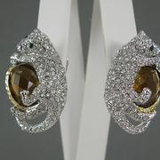 """П-1376. Cерьги """"Пантеры"""". Ювелирныйн сплав под золото и серебро, декор кристаллами Сваровски. Длина 3.5 см."""