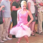 Frech und kokett: Die Models legten Tanznummern hin. Text und Foto: Thomas Kopp, FNP