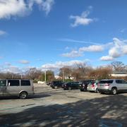 ご覧の通りただの普通の駐車場。