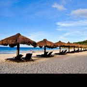 Equipamiento de playas de hotel. Equipamiento de mobiliario para playas.