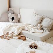 Spielpolster als Sofa