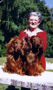 Ilse Raab mit Cäser und Florian