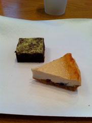 ティータイムのおやつ・・・里山スイーツ〜黒豆ガトーショコラ&豆腐のチーズケーキ、黒豆も豆腐も鳴子産❤