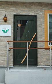 美容室 木製玄関ドア