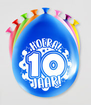 """Ballonnen """"Hoera 10 jaar!"""" 8 stuks € 2,25"""