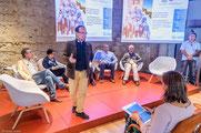 Guillem Chacon moderando el encuentro de Directores de Reservas de la Biosfera de la UNESCO en el Mediterráneo