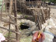 einziges Wasserloch in Meyingbé