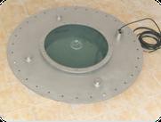 Brunnen mit Unterwasserscheinwerfer