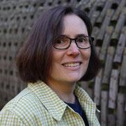 Francesca Bircher von Glasschmückli fertigt Glasperlen und verarbeitet diese zu Schmuck und trendeigen Accessoires,