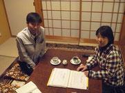 右:吉川里香代表 左:岩本委員長