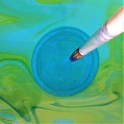 activité créative les encres flottantes