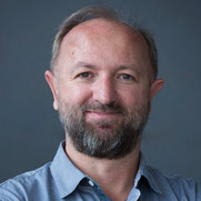 Porträt Dr. Martin Sturmer