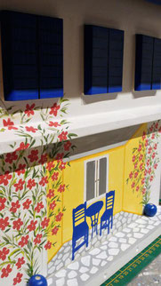 Houten brievenbus, beschilderd houten brievenbus, Samos, Griekenland, Hotel Iro