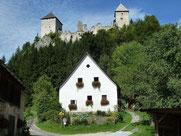 Burg Gallenstein vom Parkplatz bei St. Gallen