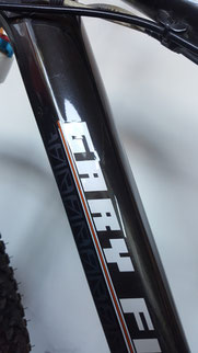 Surface sealing older carbonbike with wax