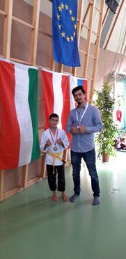 Bronzemedaillengewinner Hamed mit Vater Sayed Javad Husseini vom Judo Club Stockerau