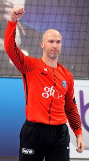 Thierry omeyer champion de handball contact booking