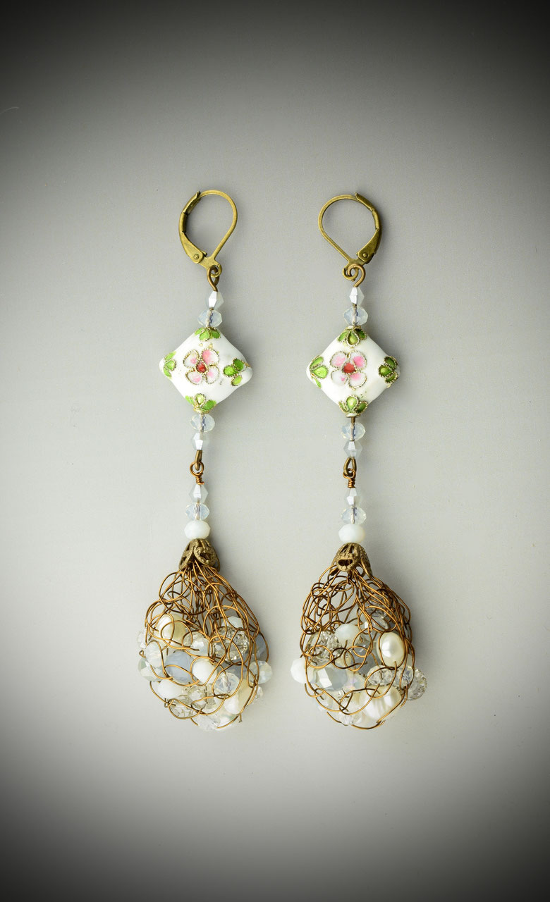 Earrings - Website of victoriamountz!