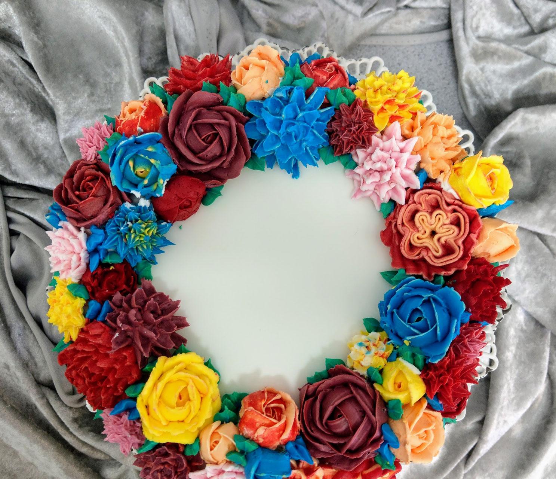 Buttercreme Blumen Auf Torte Glucksmolekule
