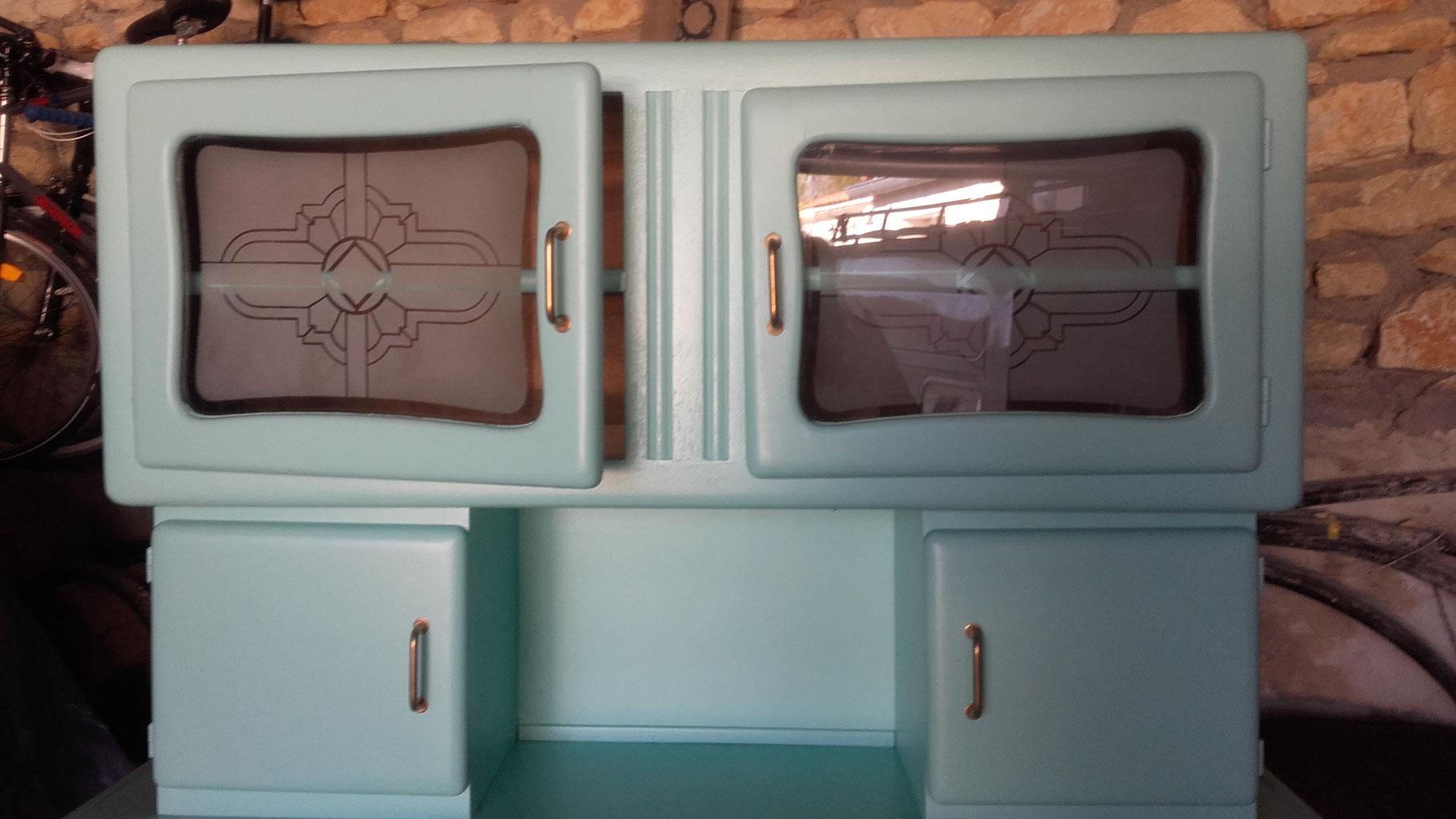 restauration de meubles anciens ou vintage mado de pied en cap costumes d 39 poque et de. Black Bedroom Furniture Sets. Home Design Ideas