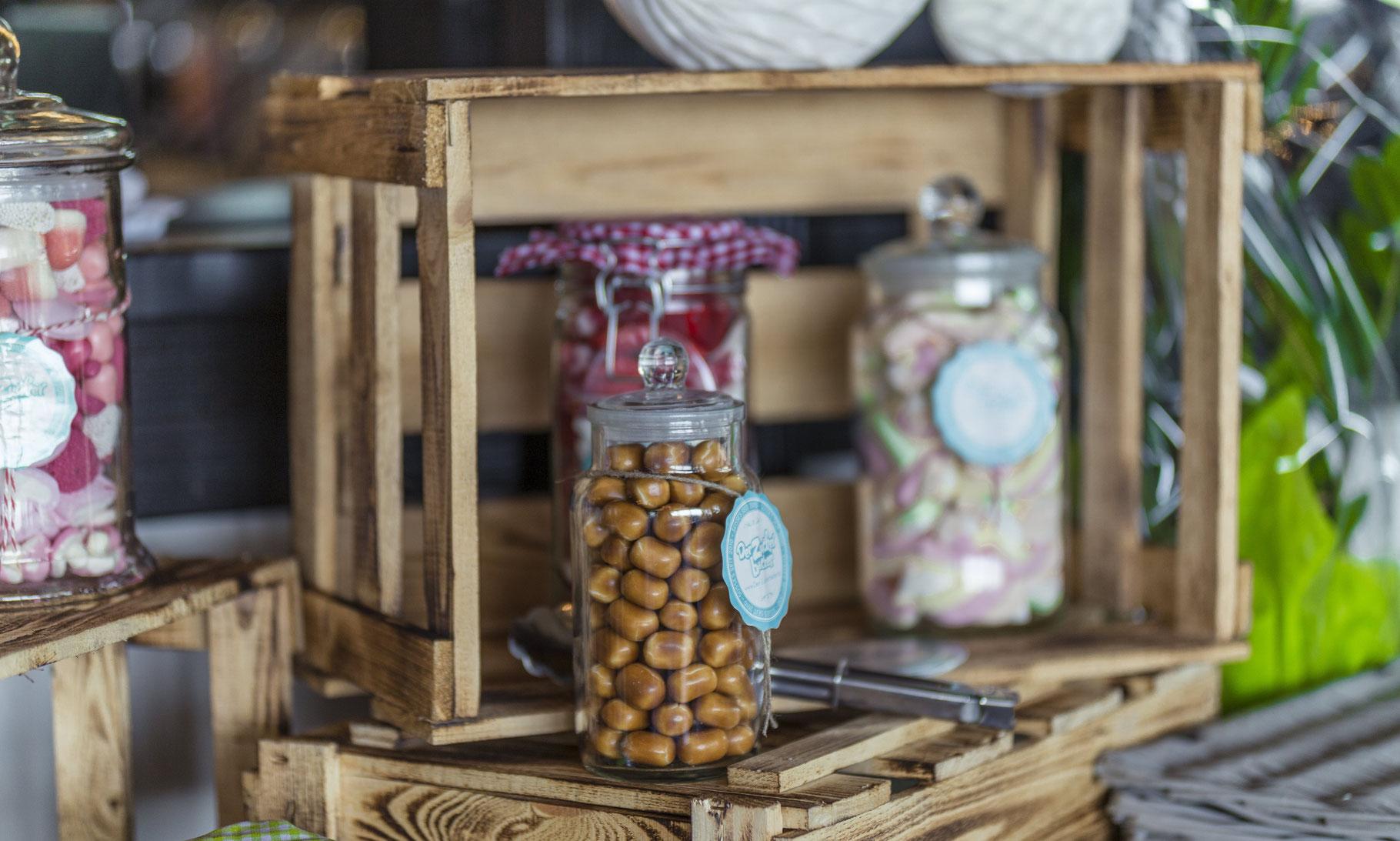 candy bar emil deko atelier f r dekoverleih und service. Black Bedroom Furniture Sets. Home Design Ideas