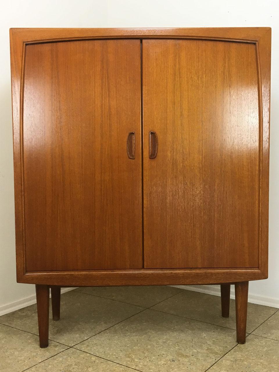 sideboards highboards 50er60er70er. Black Bedroom Furniture Sets. Home Design Ideas