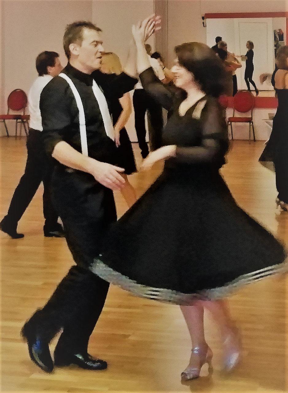 Deine Tanzschule zum Tanzen lernen in Innsbruck - Vallazza