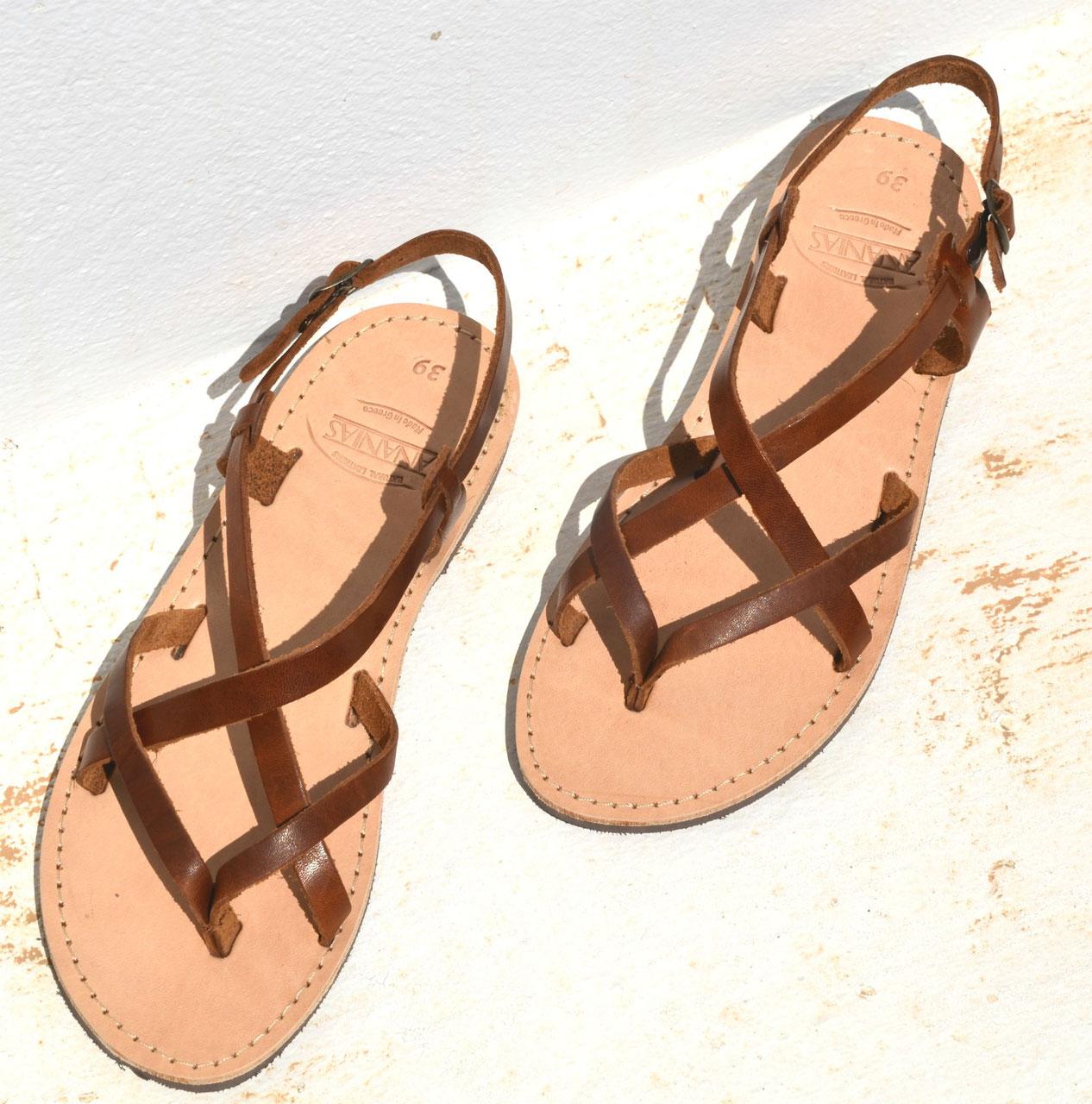 ANANIAS Leder Sandalen aus Griechenland in einem leicht glaenzendem  wunderschoenen kastanienbraun mit Naturobersohle. Sofort verfuegbar in den  Groesse 37, ... 74079d7cf1