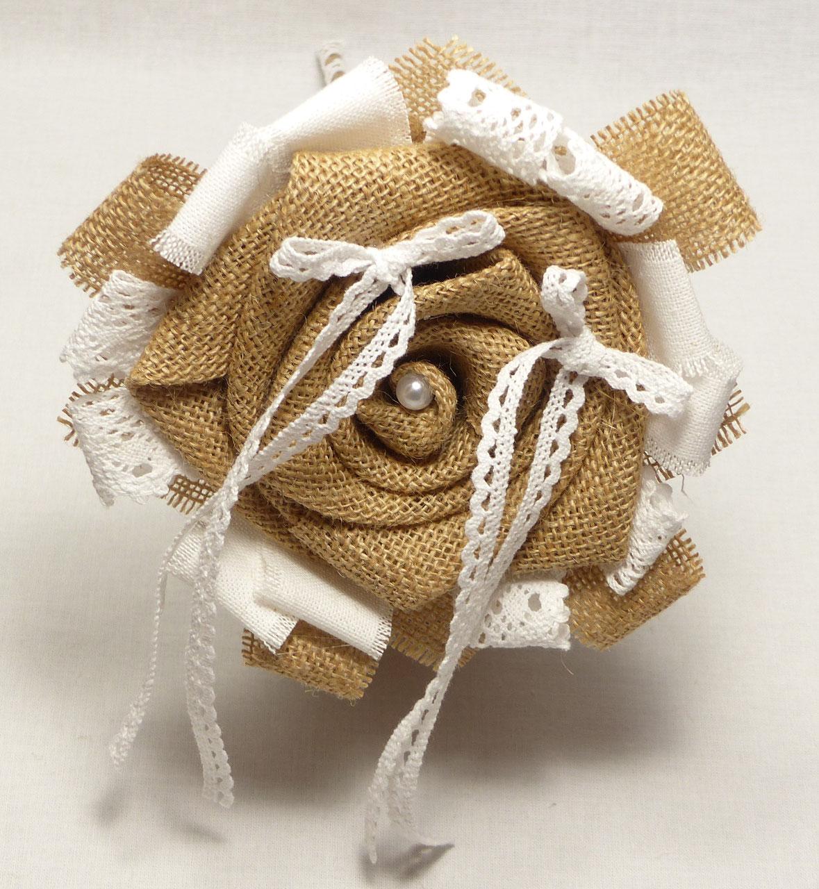 porte alliances fleur dentelle et toile de jute bouquets de fleurs eternels. Black Bedroom Furniture Sets. Home Design Ideas