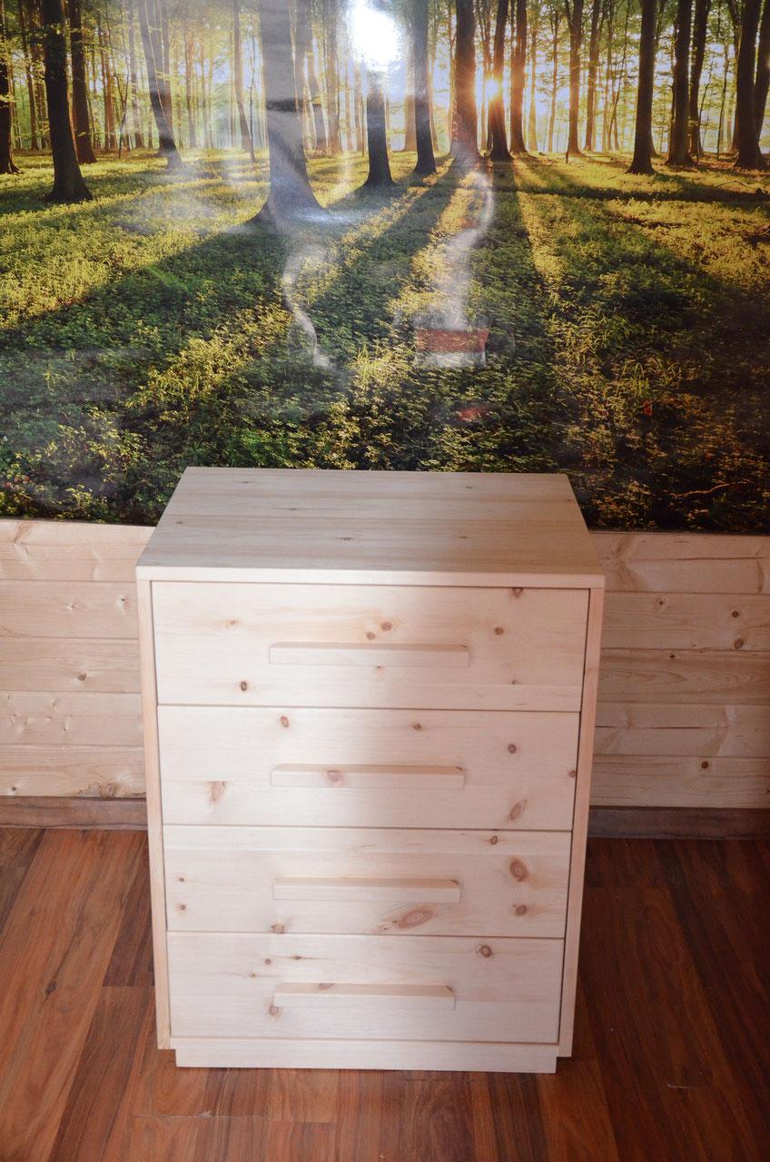 m bel zirbenholz produkte gesund schlafen im massiven zirbenholzbett kommode aus zirbenholz. Black Bedroom Furniture Sets. Home Design Ideas