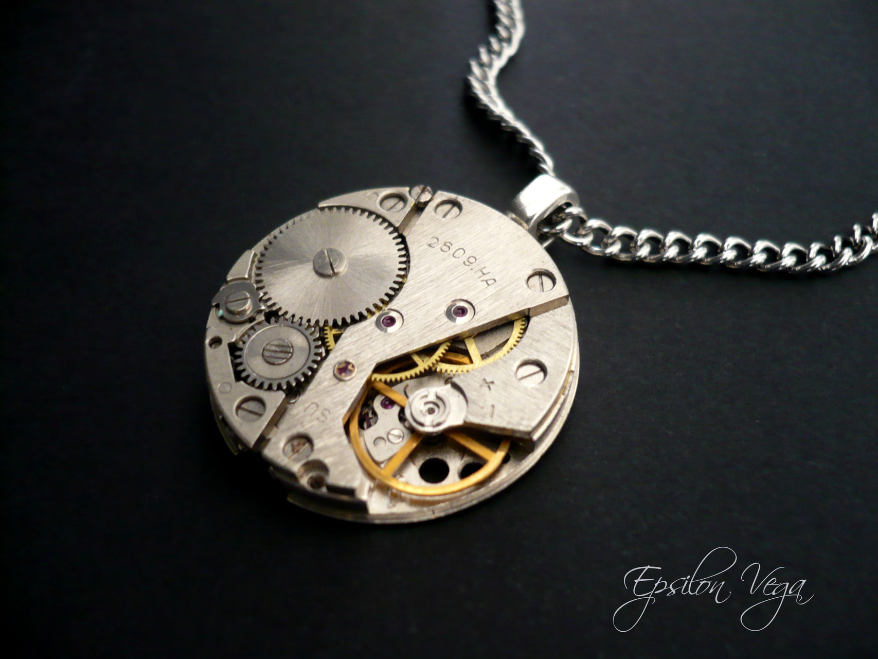 collier homme geneve