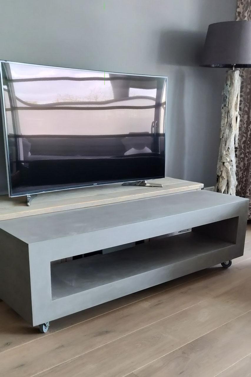 Laag Tv Meubel Op Wieltjes.Beton Tv Meubel De Website Van Stevigetafels