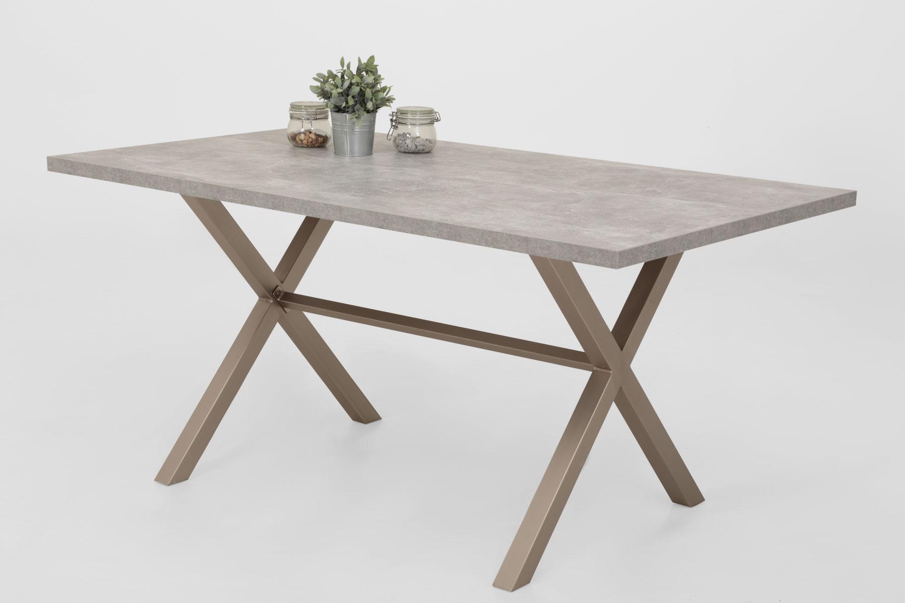 Tisch - günstige Möbel für alle!