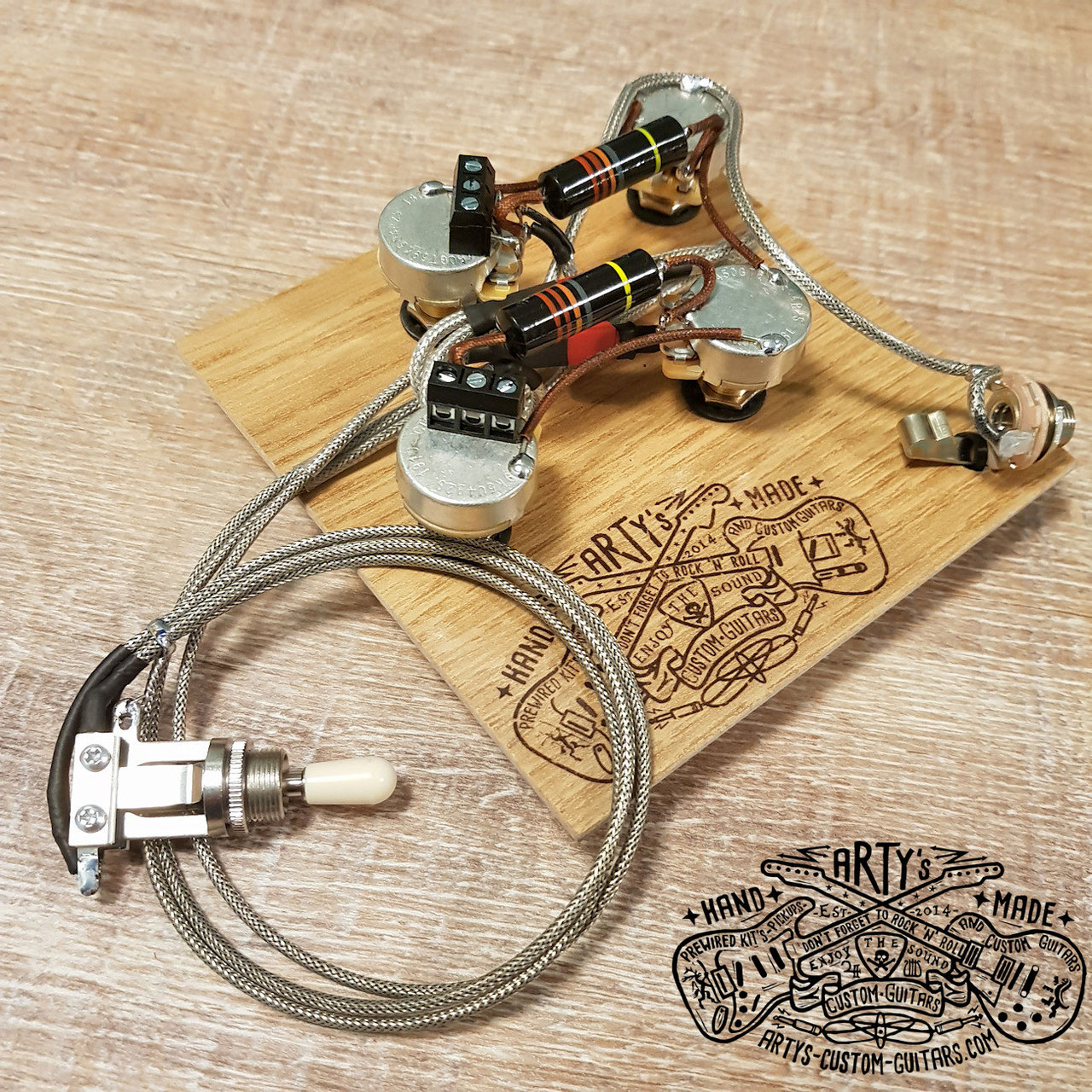 les paul solderless wiring harness only without switch.