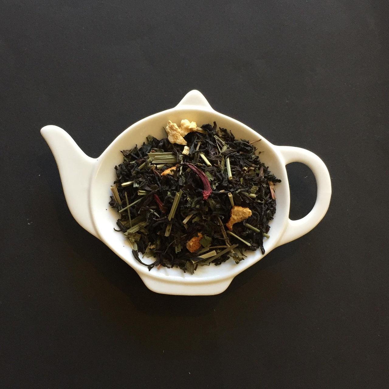 Aromatisierte Schwarzteemischungen Jasmin Tee Keramik