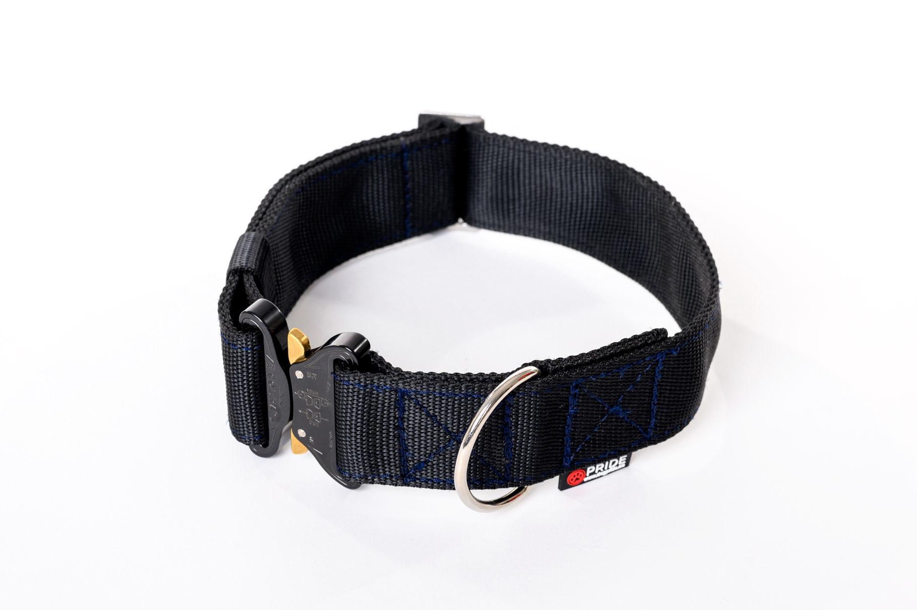 Cobra Buckle Collar