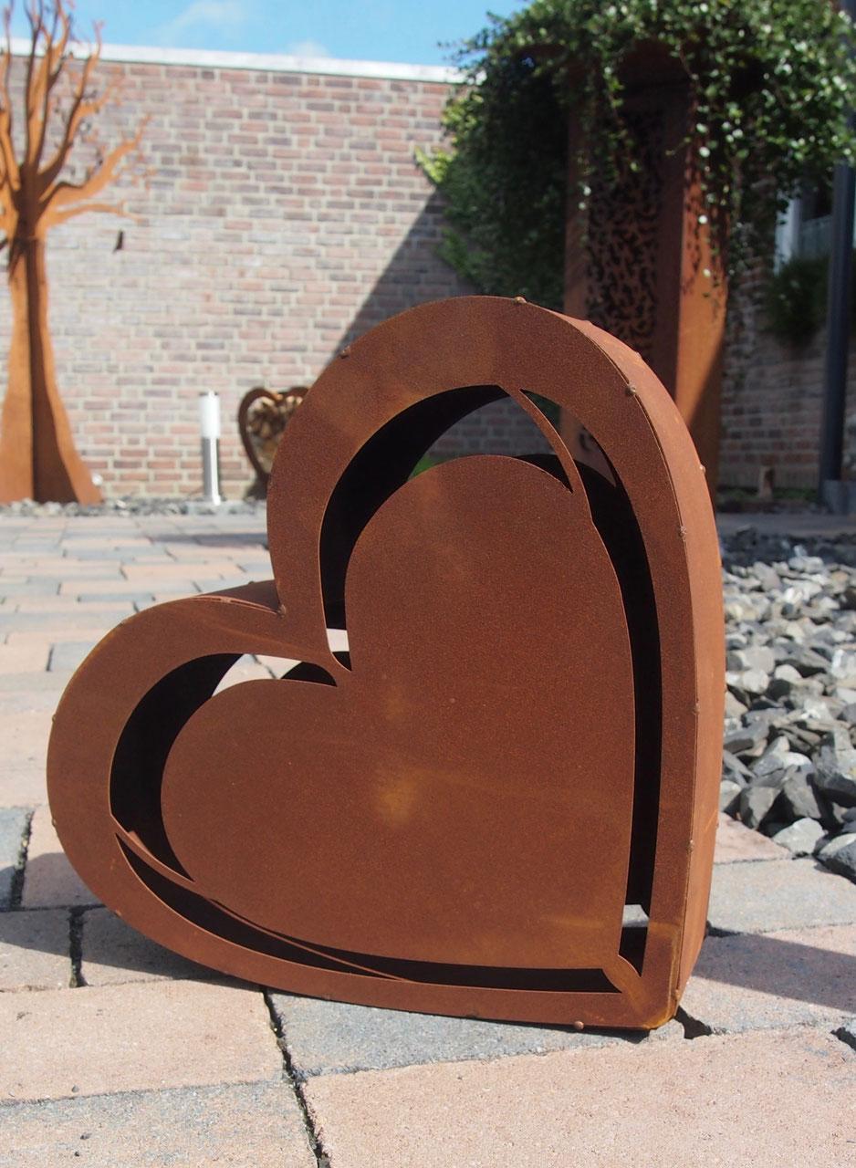 Gartendekoration aus metall und holz metalldekoration metallskulpturen und gartendekoration - Gartendekoration metall ...