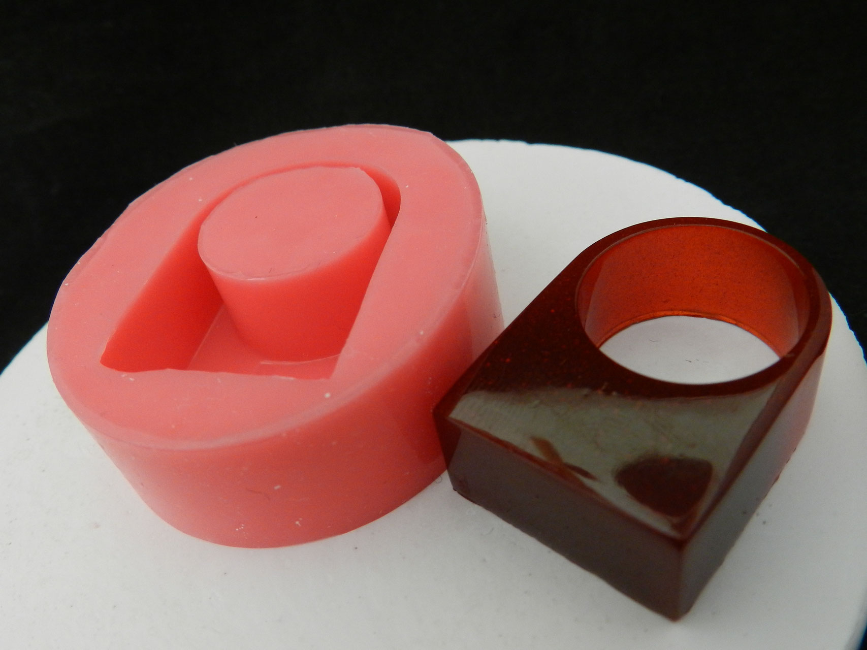 schmuckgie formen aus silikon silikon macht das schon. Black Bedroom Furniture Sets. Home Design Ideas