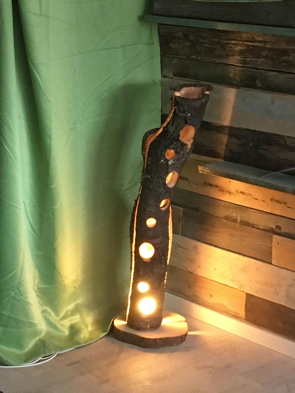 lampe aus schwemmholz lampen unikate montart handwerk aus schwemmholz und palettenholz. Black Bedroom Furniture Sets. Home Design Ideas