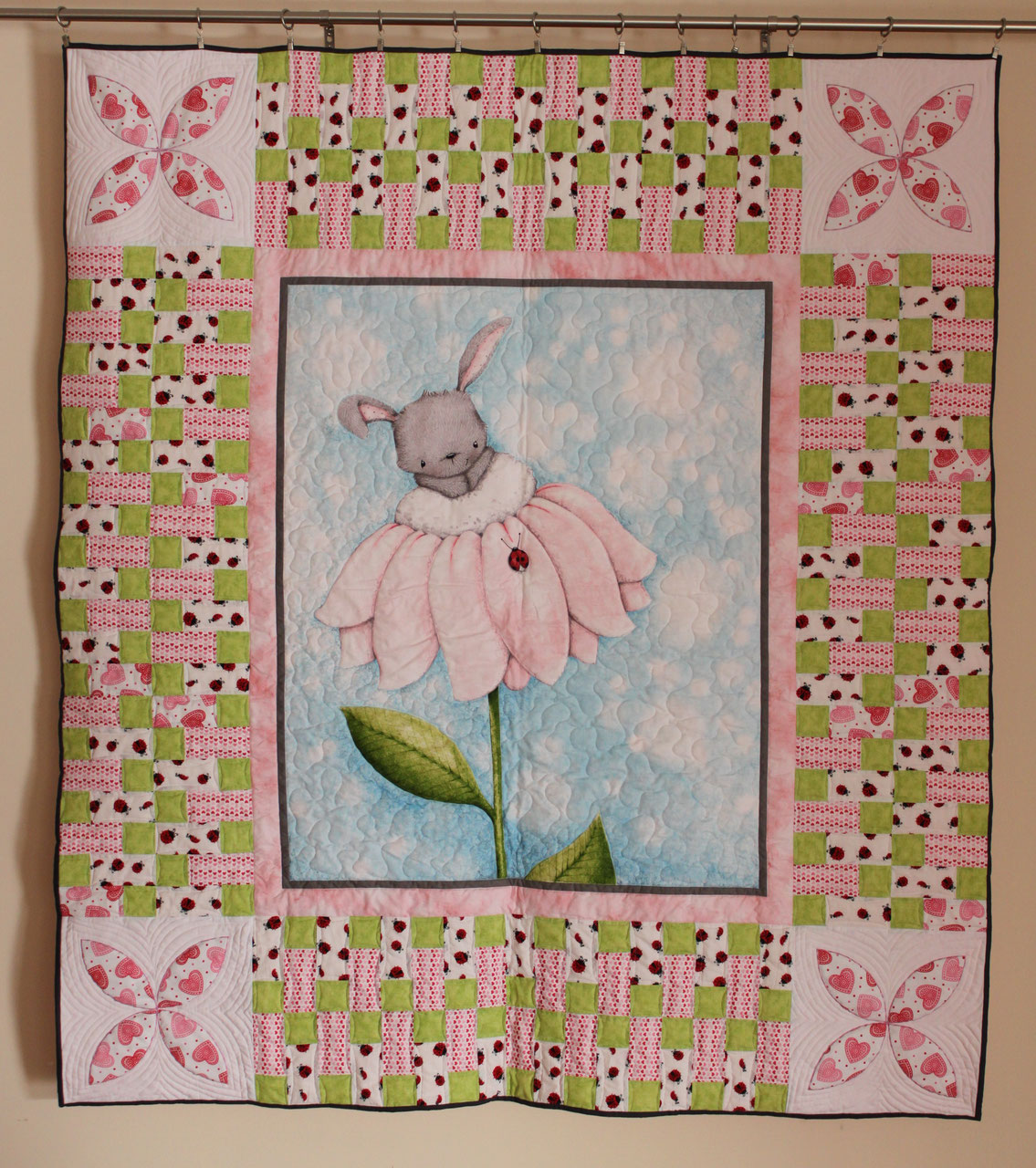 Baby Rabbit Quilt Silke Touch Quilting