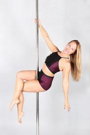 poledance online lernen, Online Poledance, Poledance von zu Hause aus