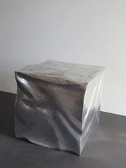 Couchtisch Silberwürfel