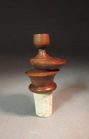 Flaschenverschluß aus Nußbaumholz